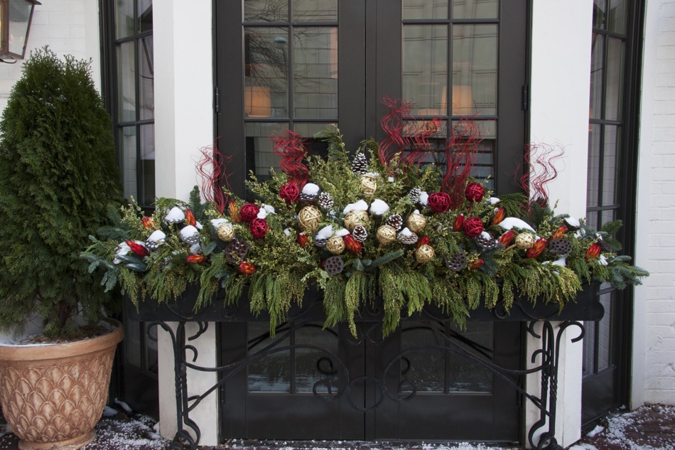 Holiday Planters in Chicago