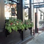 Lincoln Park Chicago holiday windowboxes